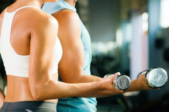 女性は男性よりも筋トレの効果が薄い?
