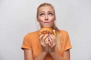 """たった2つで""""ついつい食べ過ぎちゃう""""がなくなる具体的な方法"""