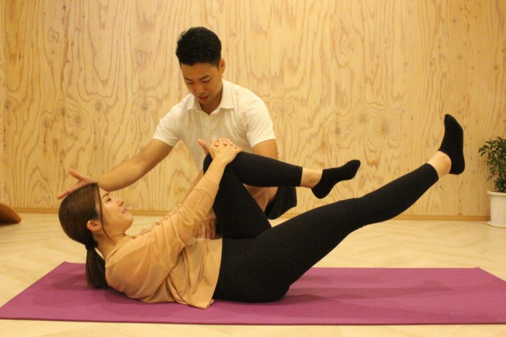 初回パーソナルトレーニング体験の流れ③セッション体験 ピラティス